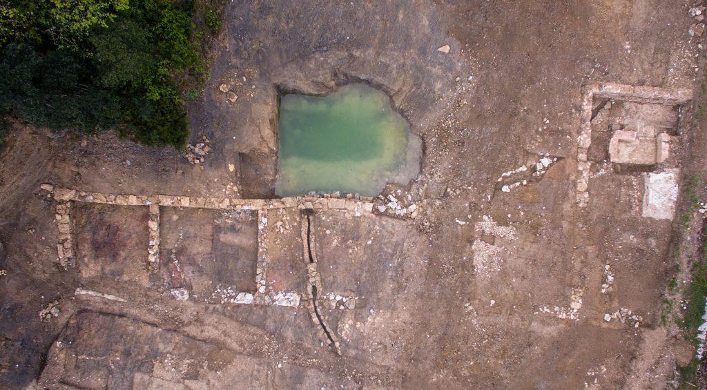 Bâtiments et source, Agglomération antique du Castellas, Opération préventive INRAP/CABT, Colline de l'Yeuse, 2017, Murviel-lès-Montpellier (34)
